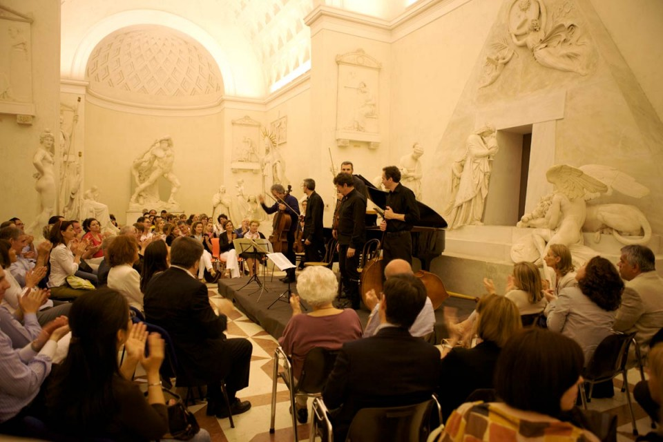 Canova e Schubert<br/> in Gipsoteca (replica)