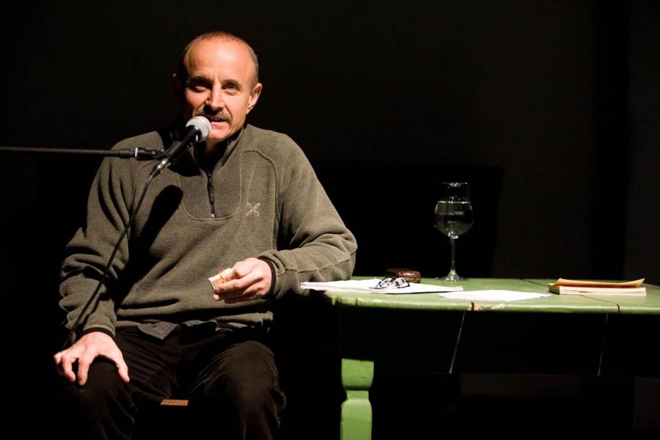 "Giuseppe Cederna racconta ""la febbre"""