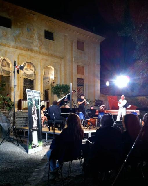 Fuori con la musica<br/> di Mario Brunello