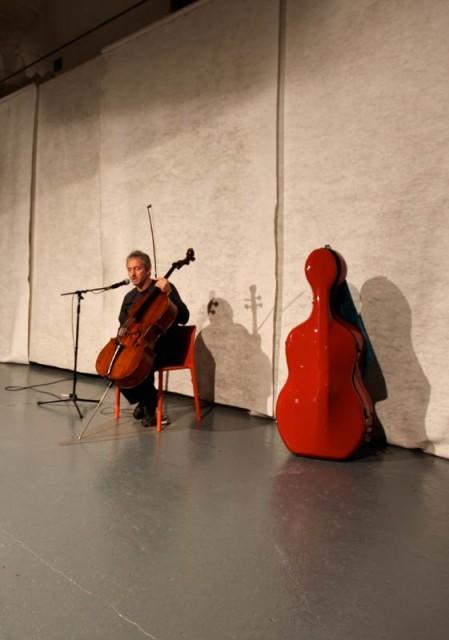 """Il violoncello """"solo""""<br/> di Mario Brunello"""